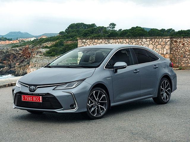 Toyota Corolla sedan - recenze a ceny | Carismo.cz